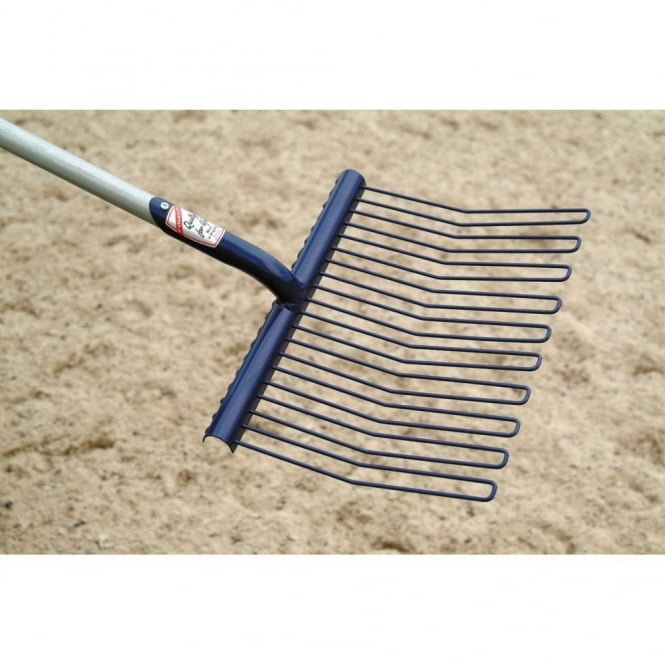 Fyna-Lite Rubber Matting Stable Fork With D-Handle