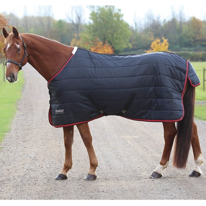 Shires Tempest 100g Stable Rug Black/Red